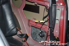 Alfa-Romeo-GT-audio (12 of 14)