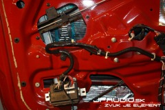 Alfa-Romeo-GT-audio (3 of 14)