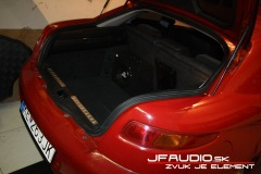 Alfa-Romeo-GT-audio (7 of 14)