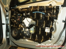 Audi-A4-B8-Avant-Audio (13 of 18)