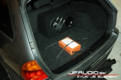BMW-E46-touring-audio (2 of 4)