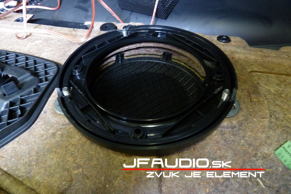 bmw-e91-jfaudio-by-ground-zero-19