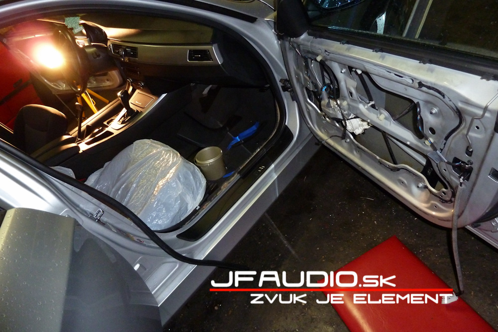 bmw-e91-jfaudio-by-ground-zero-8
