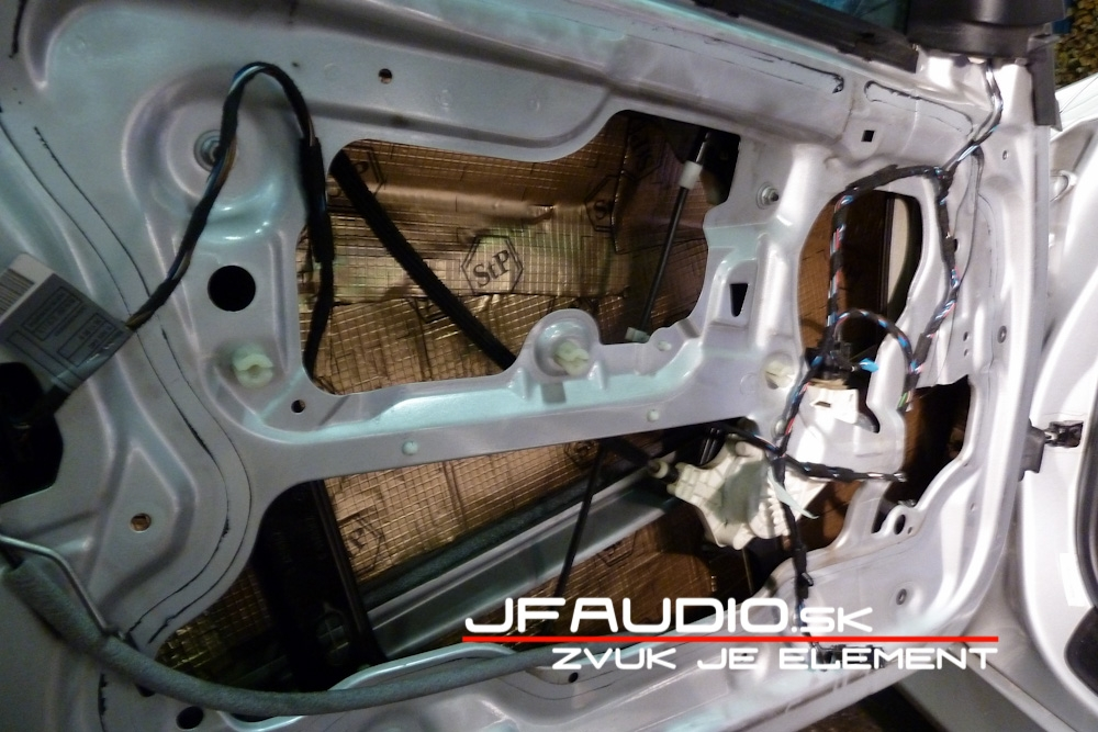 bmw-e91-jfaudio-by-ground-zero-16