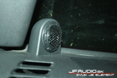 Jeep-wrangler-audio-0010