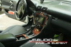 Mercedes-W203-2din (1 of 2)